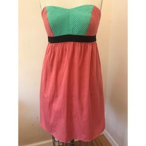 Colorblock strapless dress with pockets